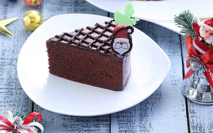 คริสต์มาสช็อกโกแลตเค้ก เข้มข้นไปกับช็อกโกแลตจุใจ